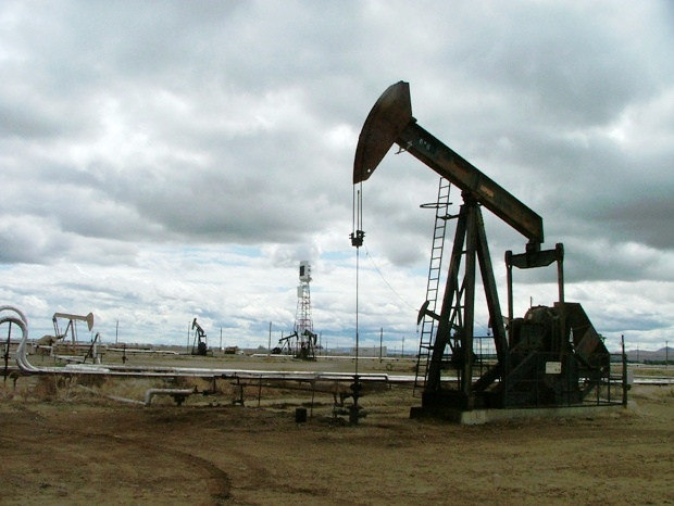 Chevron-solar-tower-pumpjack
